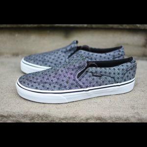 441e83f159 Shoes - Women s Slip On Van Star Design